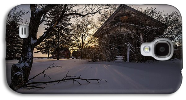 Abandoned House Photographs Galaxy S4 Cases - Frozen and Forgotten 2 Galaxy S4 Case by Aaron J Groen