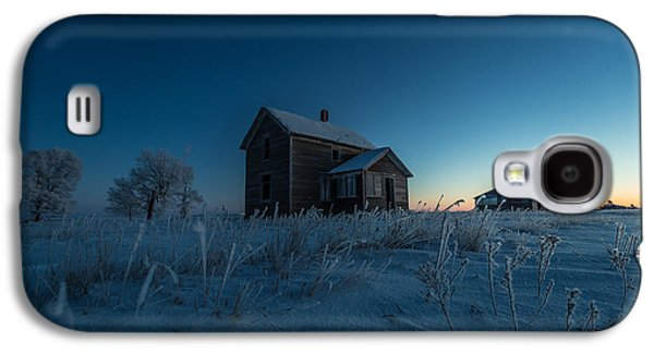 Abandoned House Photographs Galaxy S4 Cases - Frozen and Forgotten Galaxy S4 Case by Aaron J Groen