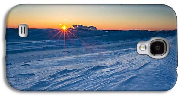 35mm Galaxy S4 Cases - Frozen Lake Minnewaska Galaxy S4 Case by Aaron J Groen