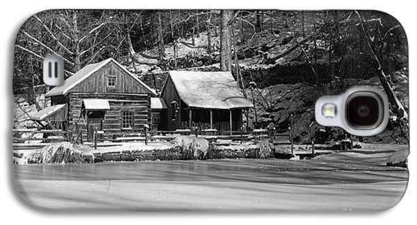 Winter Road Scenes Galaxy S4 Cases - Frozen Pond in Black and White Galaxy S4 Case by Paul Ward