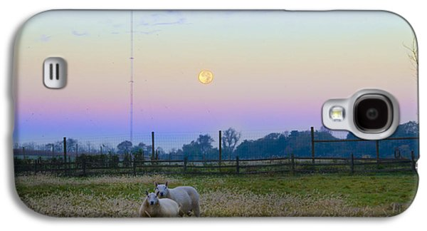 Sheep Digital Art Galaxy S4 Cases - Full Moon and Sheep Galaxy S4 Case by Bill Cannon