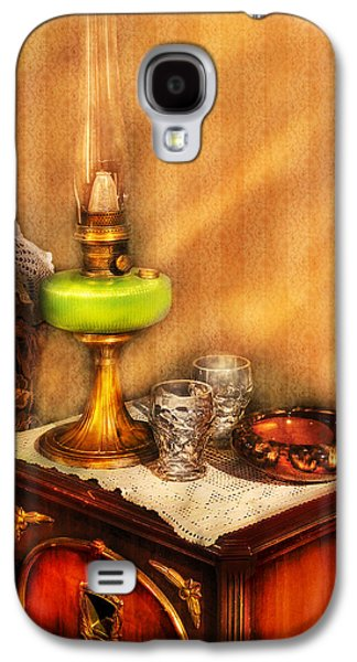Gas Lamp Photographs Galaxy S4 Cases - Furniture - Lamp - The Gas Lamp Galaxy S4 Case by Mike Savad