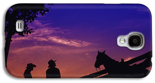 Style Life Photographs Galaxy S4 Cases - Fv5269, Chris Harris Cowboy And Cowgirl Galaxy S4 Case by Chris Harris