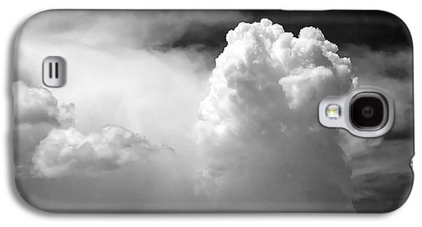 Grey Photographs Galaxy S4 Cases - Garfield in the skies Galaxy S4 Case by Christine Till
