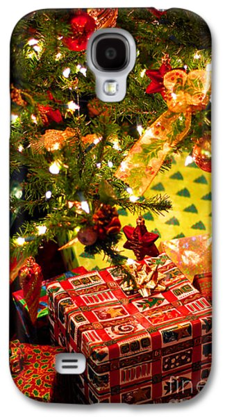 Anticipation Photographs Galaxy S4 Cases - Gifts under Christmas tree Galaxy S4 Case by Elena Elisseeva