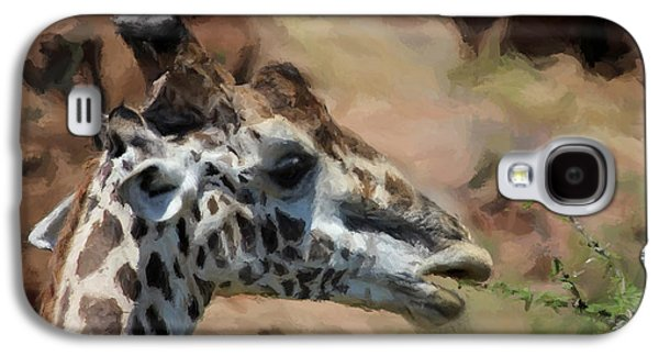 Giraffe Digital Galaxy S4 Cases - Giraffe Feeding Galaxy S4 Case by Daniel Hagerman