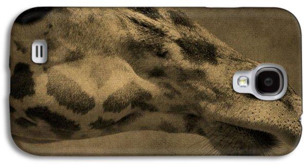 Giraffe Portait Galaxy S4 Case by Dan Sproul