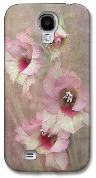 Gladiolas Galaxy S4 Cases - Gladiola Galaxy S4 Case by Angie Vogel