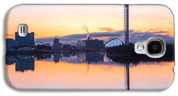 Science Photographs Galaxy S4 Cases - Glasgow waterfront at Dawn Boxing day Galaxy S4 Case by John Farnan