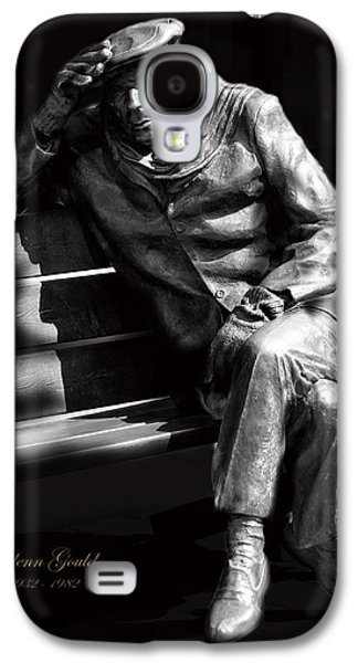 Pianist Photographs Galaxy S4 Cases - Glenn Gould Galaxy S4 Case by Andrew Fare