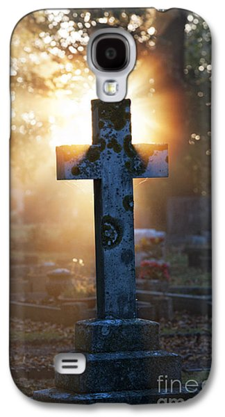 Crosses Photographs Galaxy S4 Cases - Golden Light Galaxy S4 Case by Tim Gainey