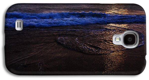Reflection Of Sun In Clouds Galaxy S4 Cases - Golden sunset Oregon Coast USA Galaxy S4 Case by Vishwanath Bhat