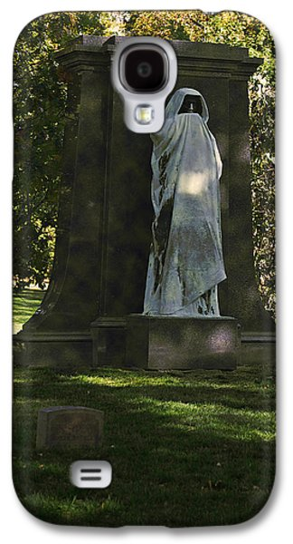Headstones Galaxy S4 Cases - Graceland Chicago - The place where the spirits roam Galaxy S4 Case by Christine Till