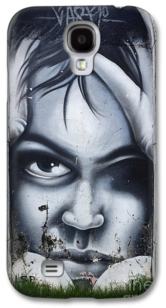 Urban Images Galaxy S4 Cases - Graffiti Art Curitiba Brazil 2 Galaxy S4 Case by Bob Christopher