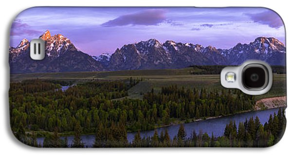 Glow Photographs Galaxy S4 Cases - Grand Tetons Galaxy S4 Case by Chad Dutson