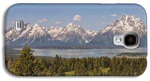 Landscapes Photographs Galaxy S4 Cases - Grand Tetons Over Jackson Lake Panorama Galaxy S4 Case by Brian Harig