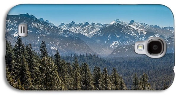 Outlook Photographs Galaxy S4 Cases - Grandjean Valley Galaxy S4 Case by Robert Bales