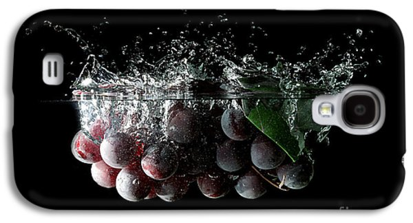 Wine Reflection Art Galaxy S4 Cases - Grapes Galaxy S4 Case by Andreas Berheide