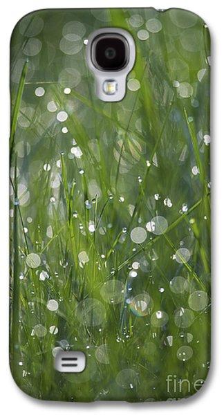 Fantasy Photographs Galaxy S4 Cases - Grass Fairies... Galaxy S4 Case by Nina Stavlund