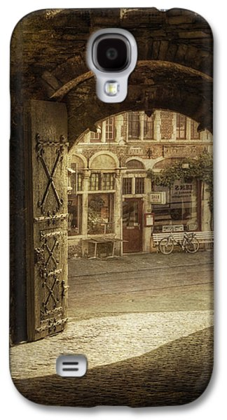 Ancient Galaxy S4 Cases - Gravensteen Doorway Galaxy S4 Case by Joan Carroll