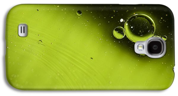 Eye-catching Galaxy S4 Cases - Green Bubble Galaxy S4 Case by Samuel Whitton