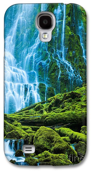 Landscapes Photographs Galaxy S4 Cases - Green Waterfall Galaxy S4 Case by Inge Johnsson