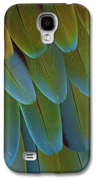 Green-winged Macaw Wing Feathers Galaxy S4 Case by Darrell Gulin