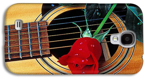 Guitar With Single Red Rose Galaxy S4 Case by Garry Gay