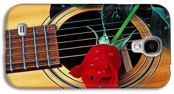 Musical Photographs Galaxy S4 Cases - Guitar with single red rose Galaxy S4 Case by Garry Gay