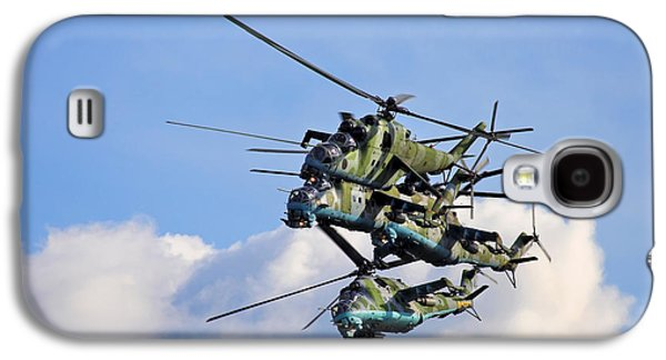 Helicopter Photographs Galaxy S4 Cases - Gunships Breaking Formation Galaxy S4 Case by Artur Bogacki