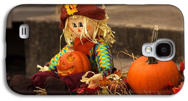 Jacko Galaxy S4 Cases - Halloween Doll Galaxy S4 Case by Iris Richardson