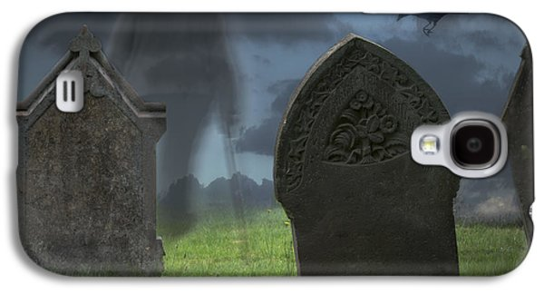 Ghostly Galaxy S4 Cases - Halloween Graveyard Galaxy S4 Case by Amanda And Christopher Elwell