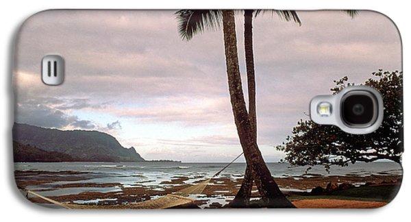 Beach Landscape Galaxy S4 Cases - Hanalei Bay Hammock at Dawn Galaxy S4 Case by Kathy Yates