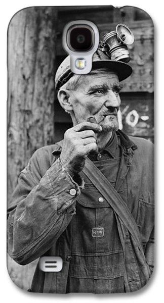 Mining Photos Galaxy S4 Cases - Harlan County Kentucky Coal Miner 1946 Galaxy S4 Case by Mountain Dreams