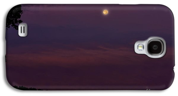 Outbuildings Galaxy S4 Cases - Harvest Mood Glow Galaxy S4 Case by Thomas R Fletcher