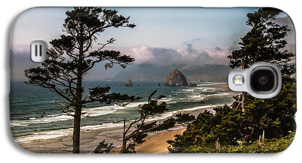 Seacape Galaxy S4 Cases - Haystack Framed Galaxy S4 Case by Robert Bales