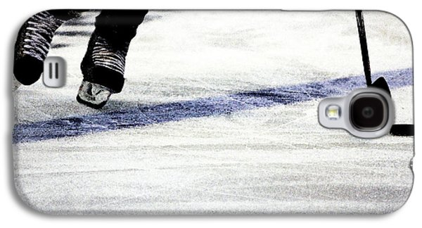 Hockey Photographs Galaxy S4 Cases - He Skates Galaxy S4 Case by Karol  Livote