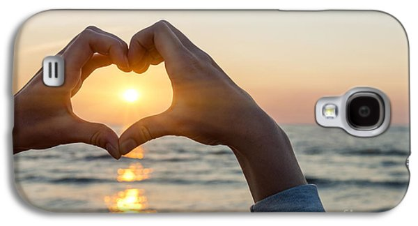 Heart Shaped Hands Framing Ocean Sunset Galaxy S4 Case by Elena Elisseeva