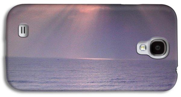 Canadian Pyrography Galaxy S4 Cases - Heavens ablaze Galaxy S4 Case by Iris Boyd-cherian
