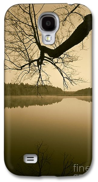 Contemplative Photographs Galaxy S4 Cases - Hewitt Pond No. 2 - vertical Galaxy S4 Case by David Gordon