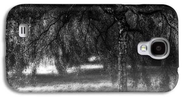 Creepy Galaxy S4 Cases - Hide and Seek Galaxy S4 Case by Wim Lanclus