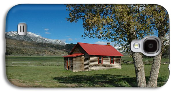Log Cabin Photographs Galaxy S4 Cases - High Lonesome Ranch Galaxy S4 Case by Jerry McElroy