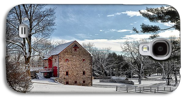 Highlands Digital Art Galaxy S4 Cases - Highland Farms in the Snow Galaxy S4 Case by Bill Cannon