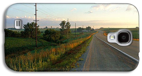 Rural Scenes Photographs Galaxy S4 Cases - Highway Eastern Ia Galaxy S4 Case by Panoramic Images