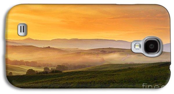 Tuscan Hills Galaxy S4 Cases - Hills and fog Galaxy S4 Case by Yuri Santin
