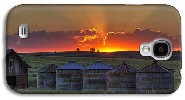 Home Town Sunset Panorama Galaxy S4 Case by Mark Kiver