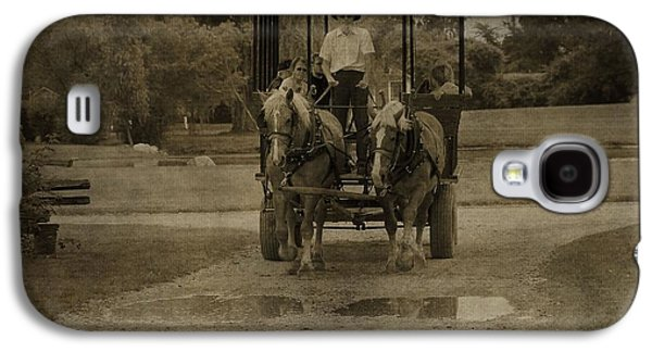 Horse And Buggy Galaxy S4 Cases - Horse Carriage Tour Galaxy S4 Case by Dan Sproul