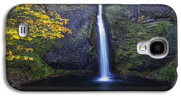Horsetail Falls Galaxy S4 Case by Mark Kiver