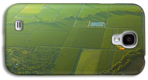 Grapevines Photographs Galaxy S4 Cases - Hot Air Balloon Over Napa Valley California Galaxy S4 Case by Diane Diederich