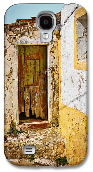 Abandoned House Photographs Galaxy S4 Cases - House Ruin Galaxy S4 Case by Carlos Caetano